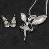 Kép 2/2 - Kristályokkal kirakott fülbevaló és nyaklánc díszdobozban / tündér medállal