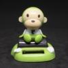 Kép 1/3 - Bólogató napelemes majom autóba, íróasztalra