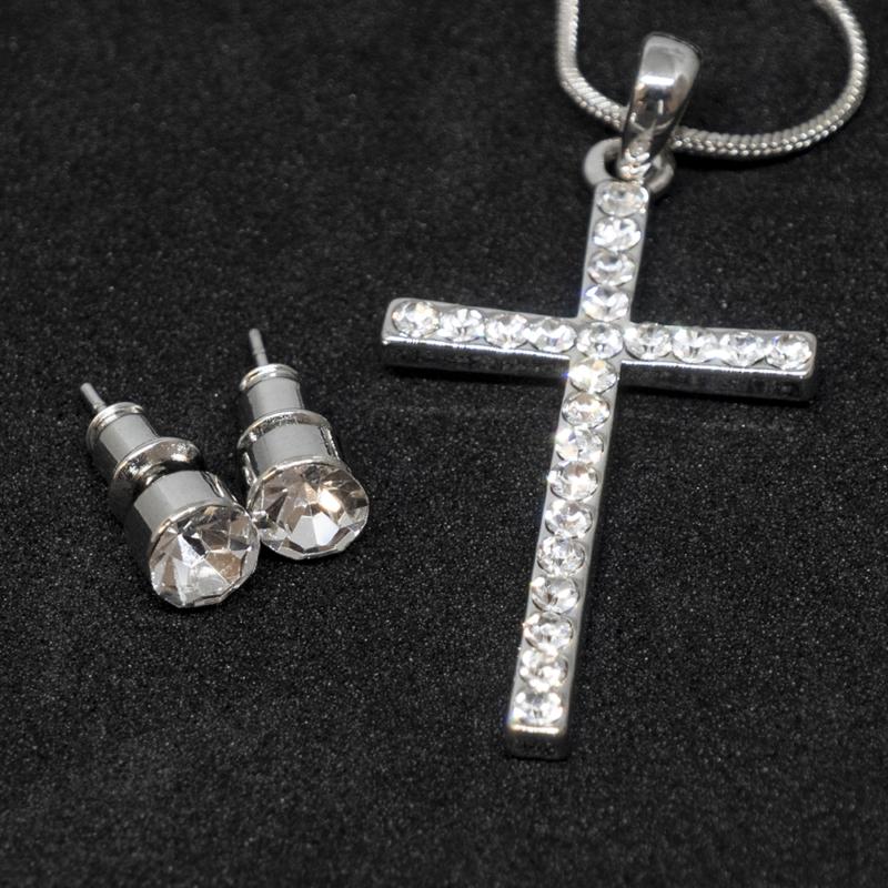 Kristályokkal kirakott fülbevaló és nyaklánc díszdobozban / kereszt medállal / 20818
