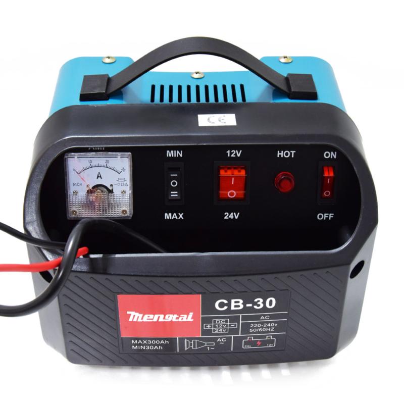 Akkumulátor töltő (12/24V)