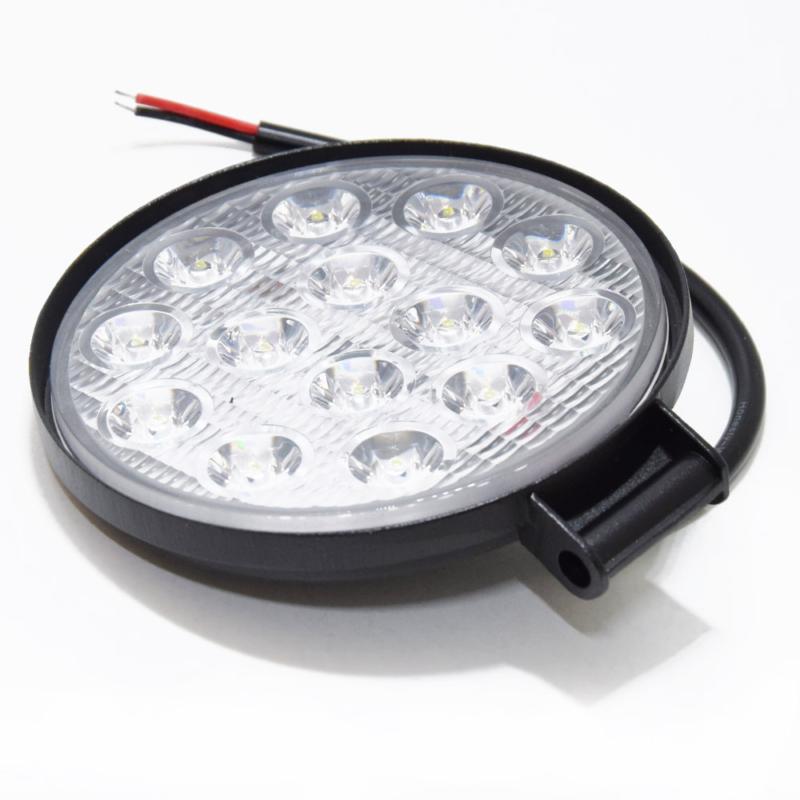 Szuper erős LED munkalámpa, szúrófény járművekre - 42 W / kerek