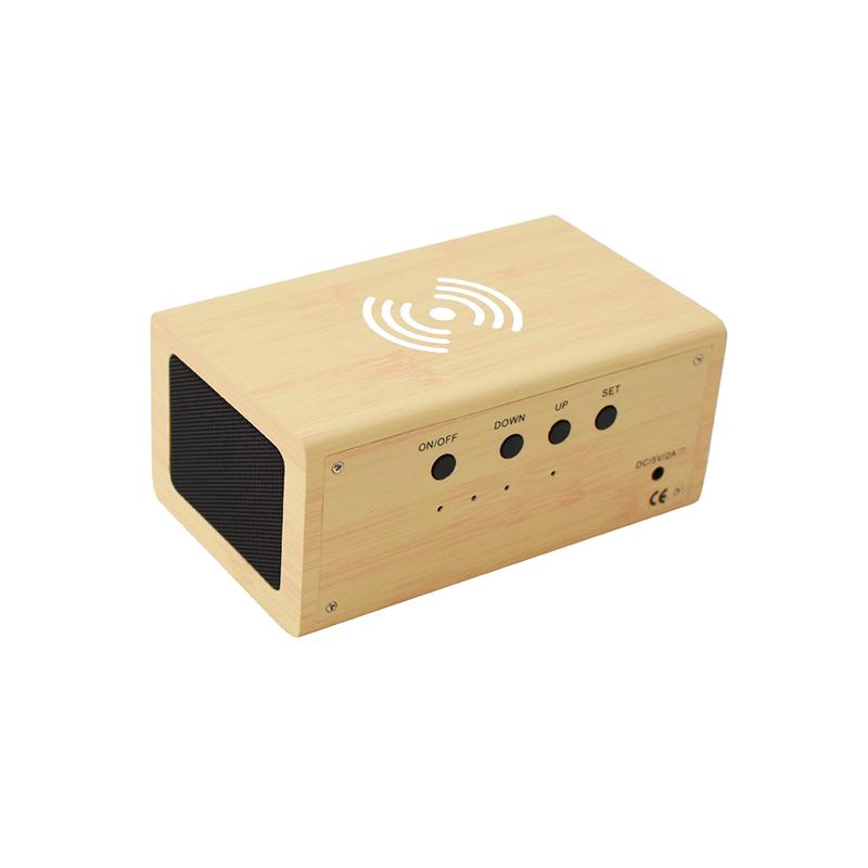 Fahatású Bluetooth kihangosító / vezeték nélküli töltő, óra-, dátum- és hőmérséklet kijelzéssel...