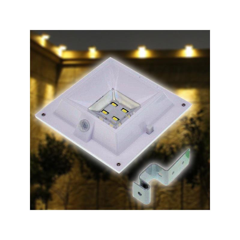 Napelemes kerti lámpa mozgás- és fényérzékelővel / kerítésre, korlátra rögzíthető