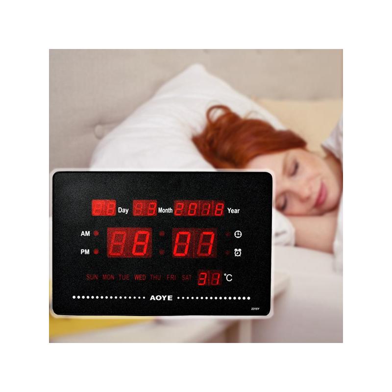 LED kijelzős digitális óra naptárral, hőmérővel és ébresztővel