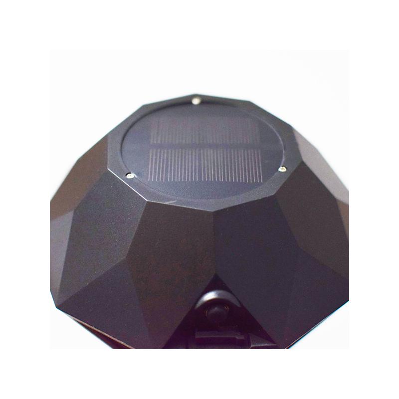 Nagy napelemes LED fáklya kültérre - A tűz tánca