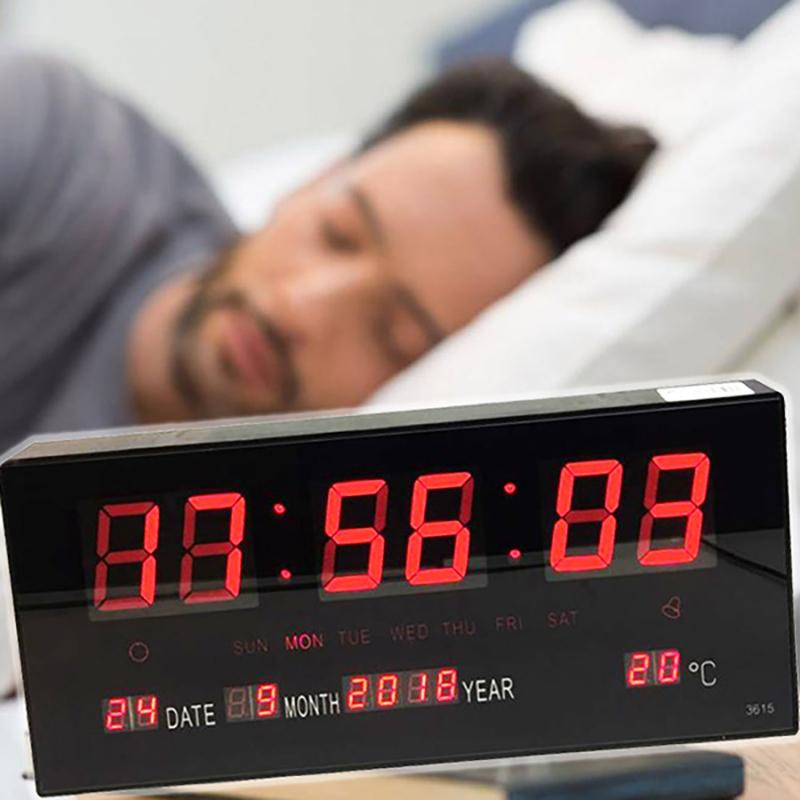 Nagy LED kijelzős digitális óra naptárral, hőmérővel és ébresztővel