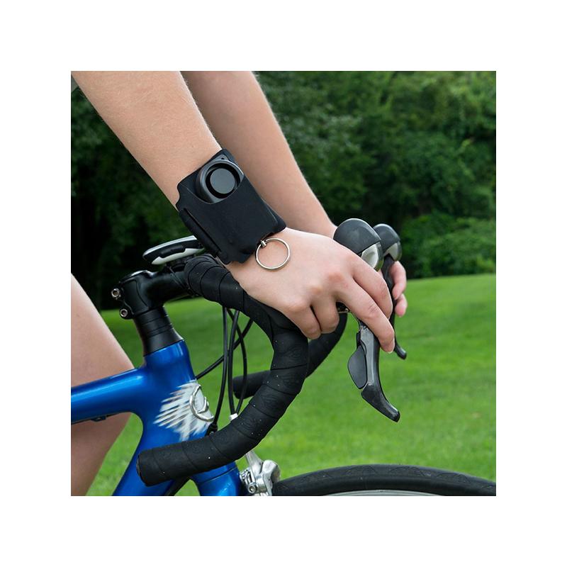 Önvédelmi személyi riasztó futáshoz, sétához / kartokkal