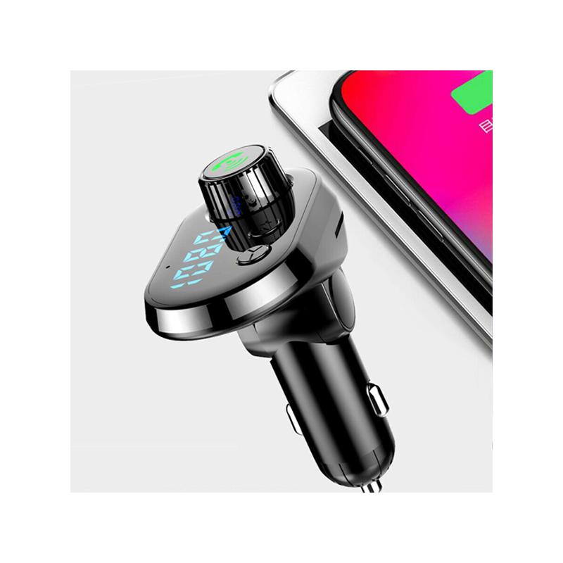 Q15 autós Bluetooth FM transzmitter / zenelejátszó, kihangosító és töltő